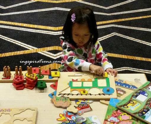 preschooler, play puzzles, activities, engaged kids