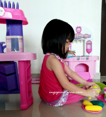 preschooler, pretend play, activities