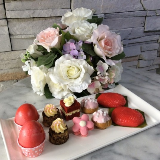 Cake Packages for Baby's First Month