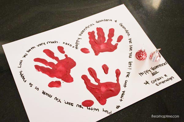 Handprint-Valentine-cards
